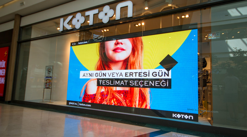 Mall Of Istanbul Koton Shop Led Screen