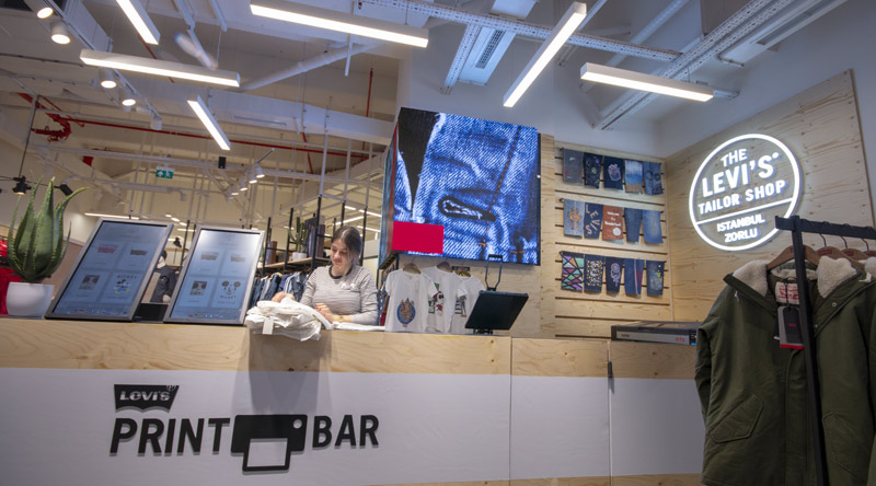 Levi's Shop Corner Led Screen
